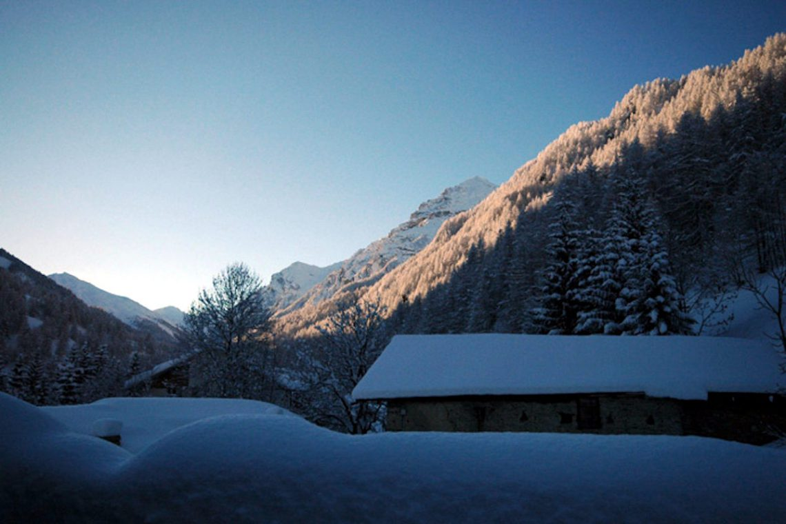 Luxury Chalet Sestriere for rent just 3 minutes from Ski slopes 26