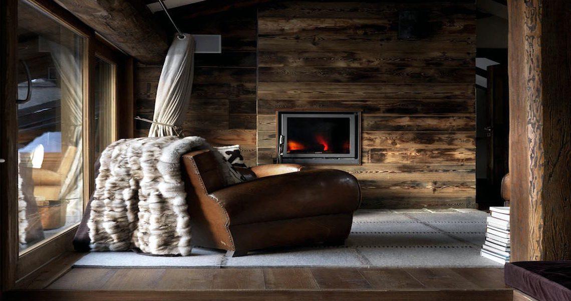Luxury Chalet Sestriere for rent just 3 minutes from Ski slopes slider