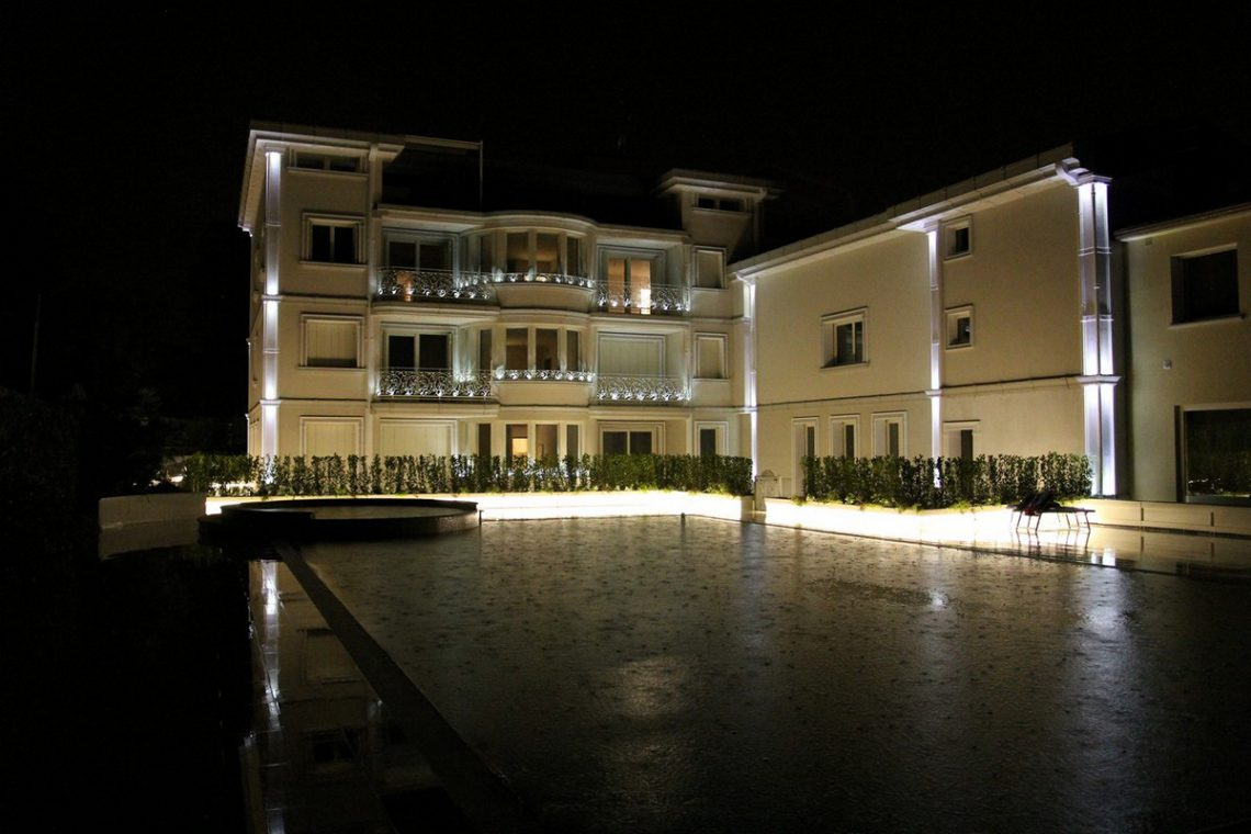 Waterfront apartments sale Lake Garda Desenzano 06