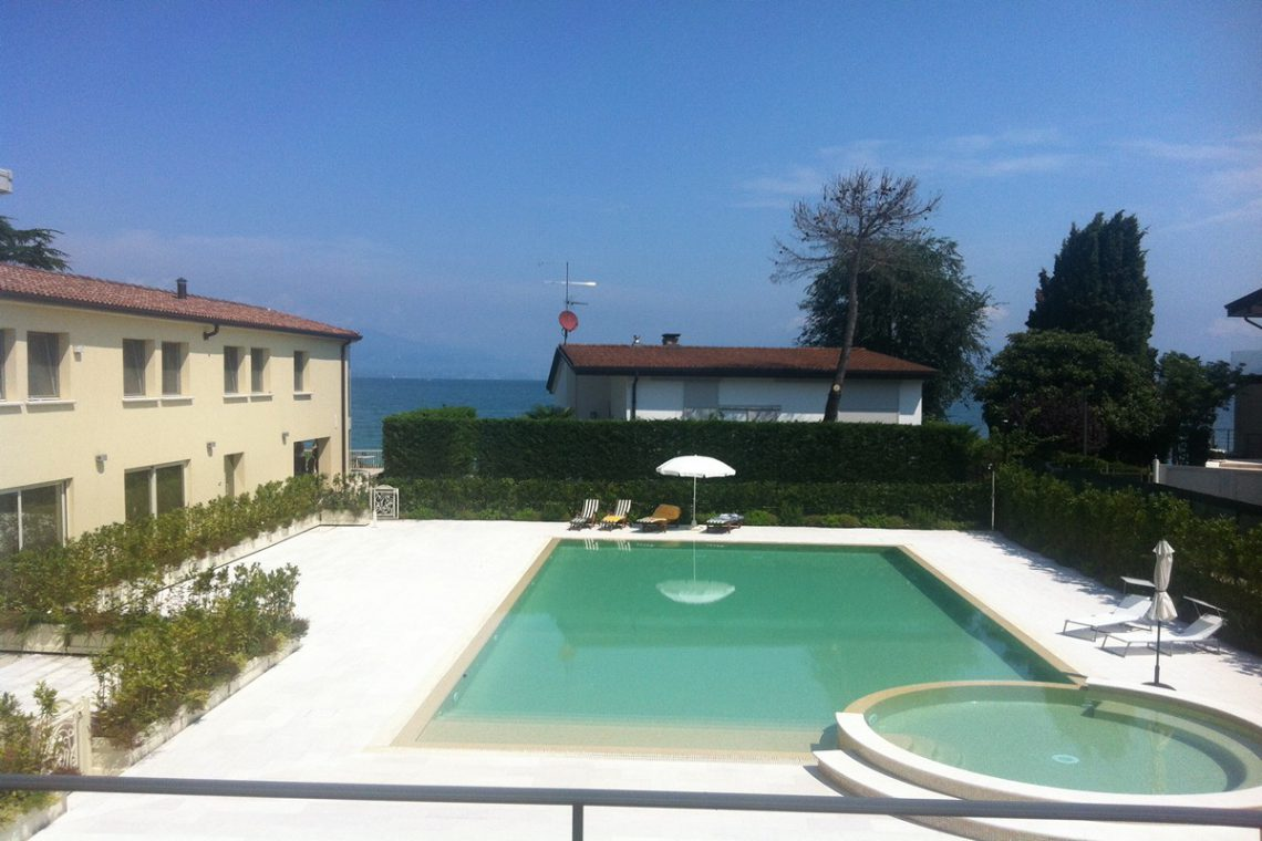 Waterfront apartments sale Lake Garda Desenzano 10