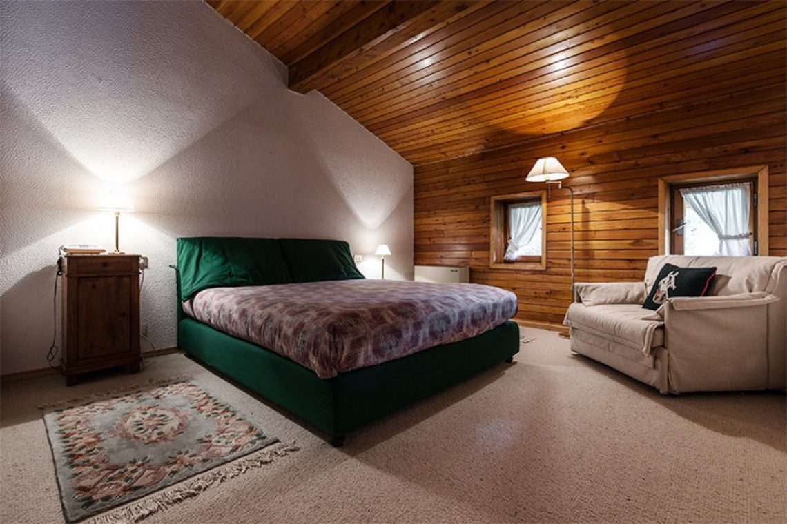 Mountain chalet with indoor pool Barzio Valsassina Italy 11