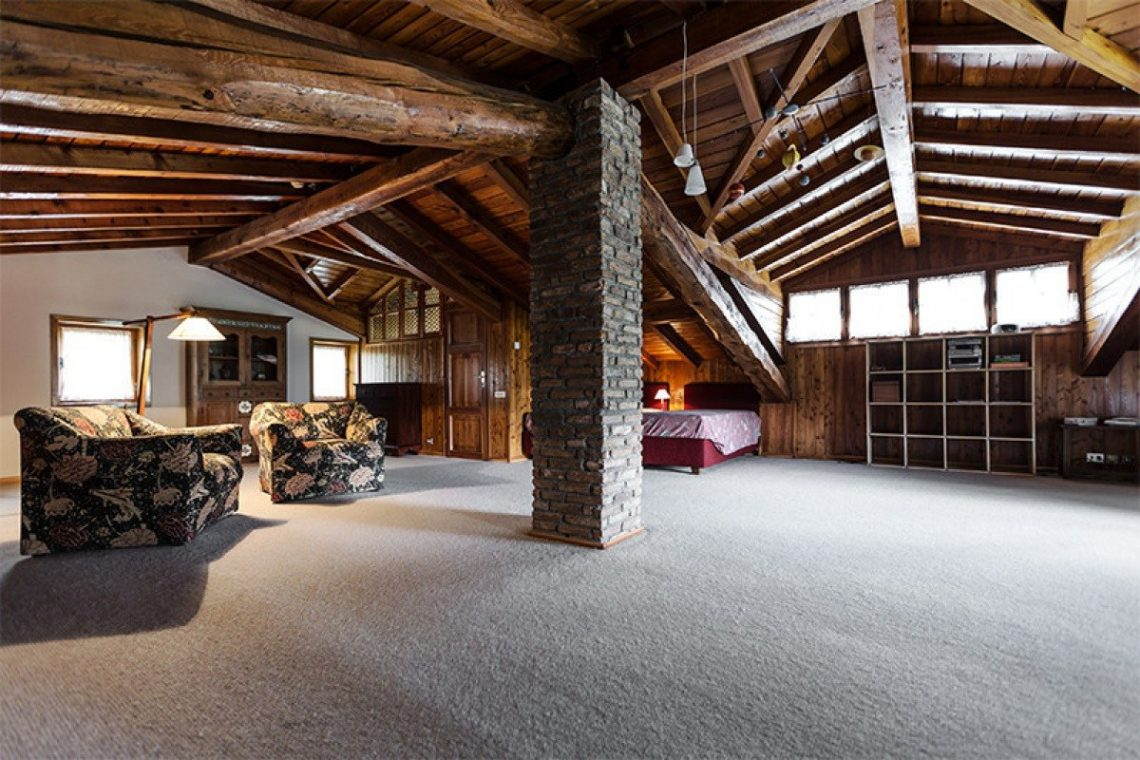 Mountain chalet with indoor pool Barzio Valsassina Italy 13