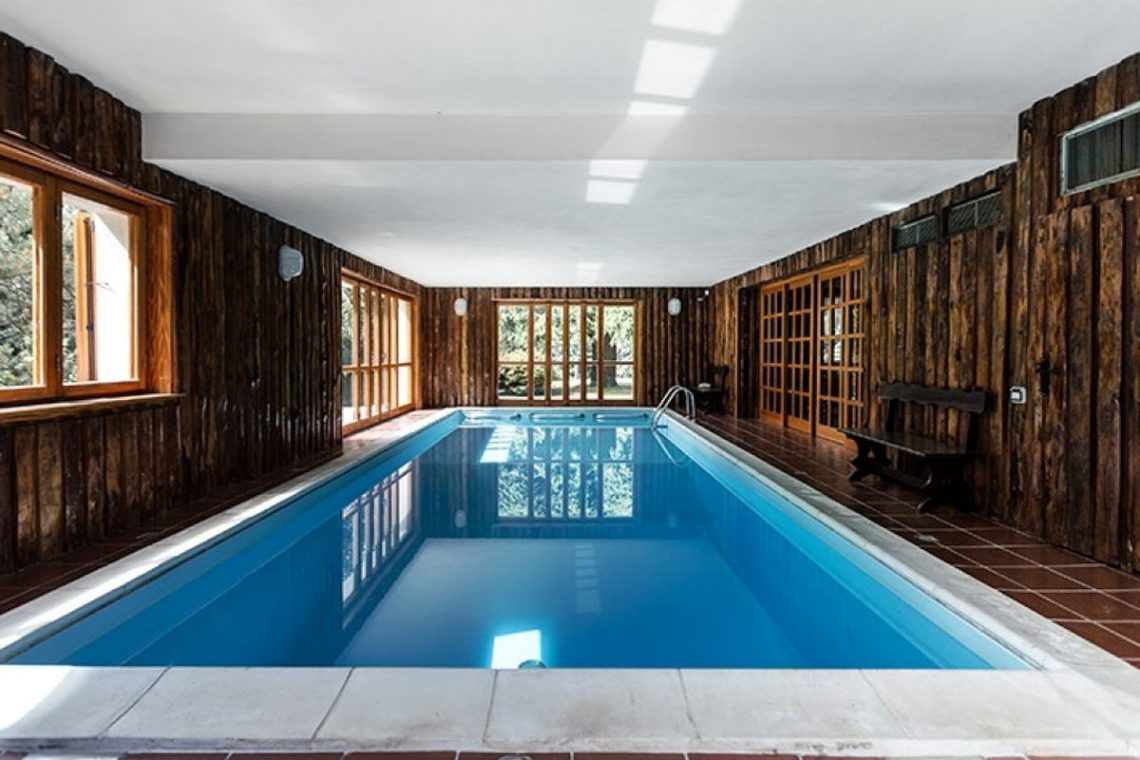 Mountain chalet with indoor pool Barzio Valsassina Italy 17