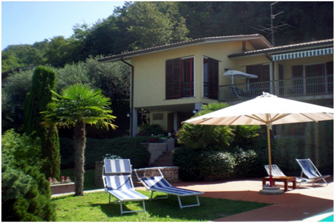 Villa Torri del Benaco lake view 06
