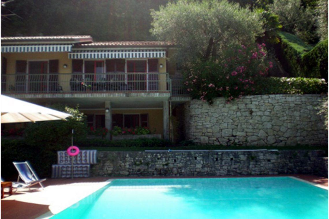 Villa Torri del Benaco lake view 07