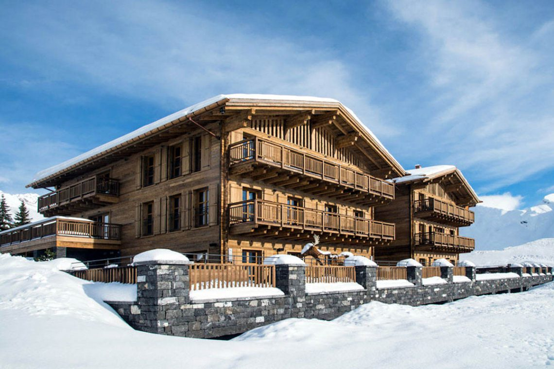 Luxury Chalet Oberlech directly on ski slopes 02