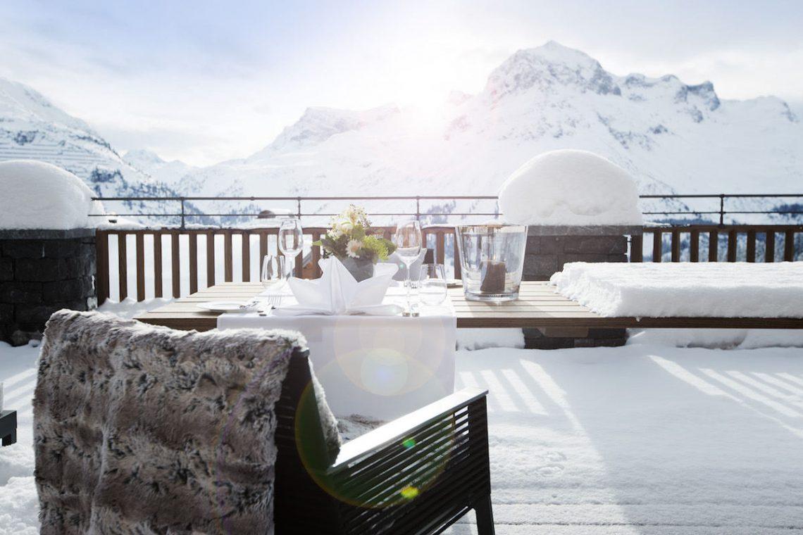 Luxury Chalet Oberlech directly on ski slopes 03
