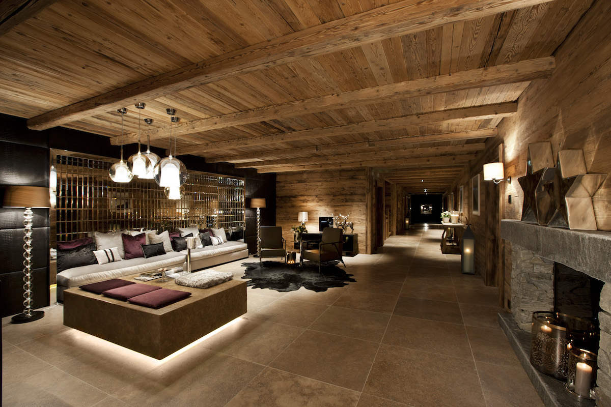 Luxury Chalet Oberlech directly on ski slopes