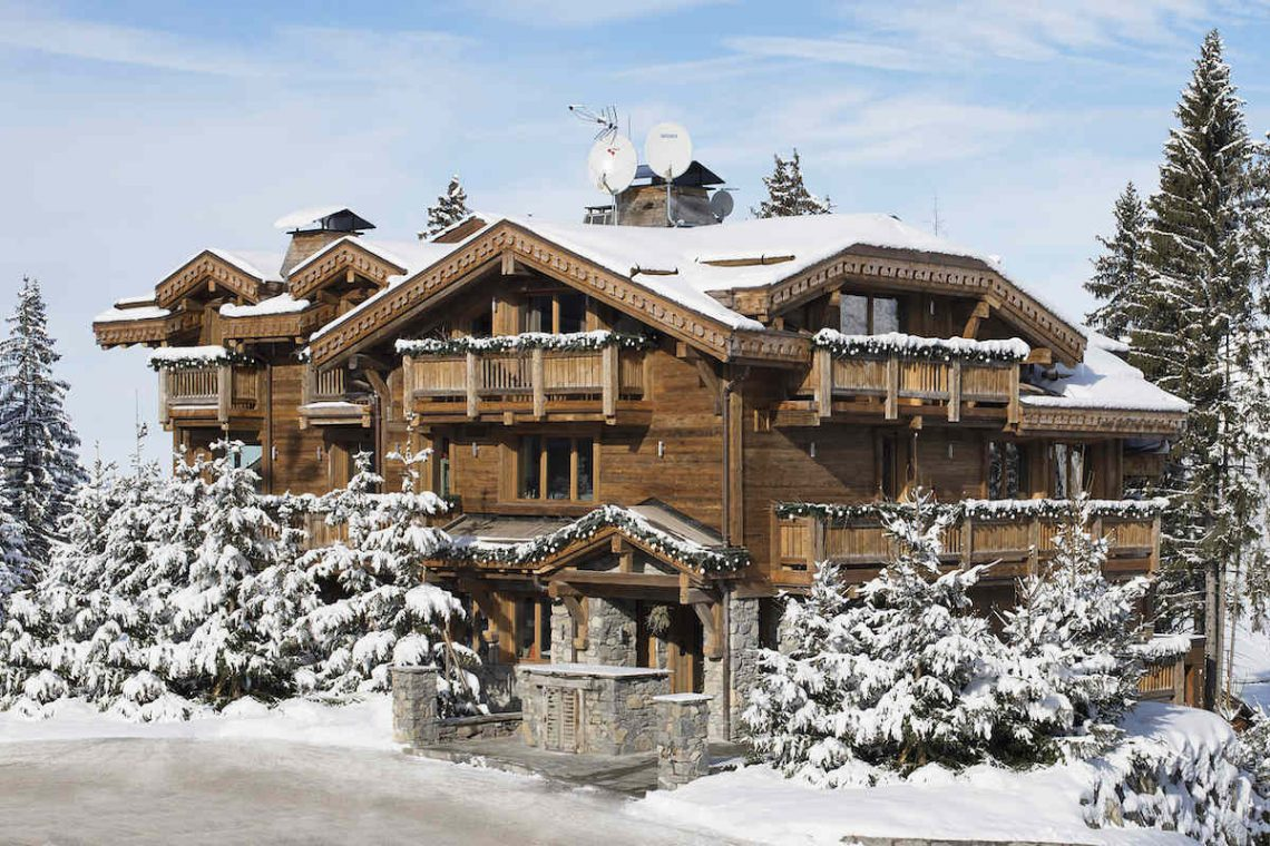Luxury Chalet Courchevel for rent just 30m from ski slope 01