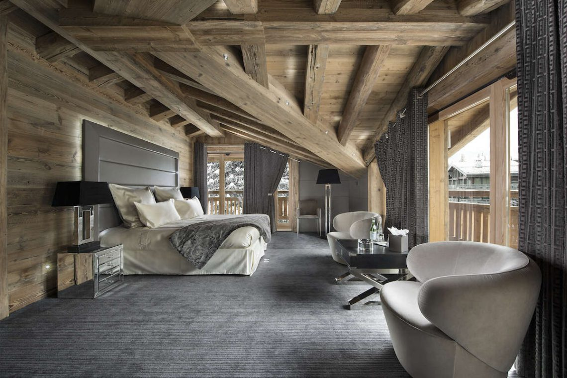 Luxury Chalet Courchevel for rent just 30m from ski slope 05
