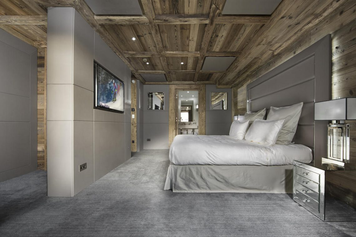 Luxury Chalet Courchevel for rent just 30m from ski slope 10