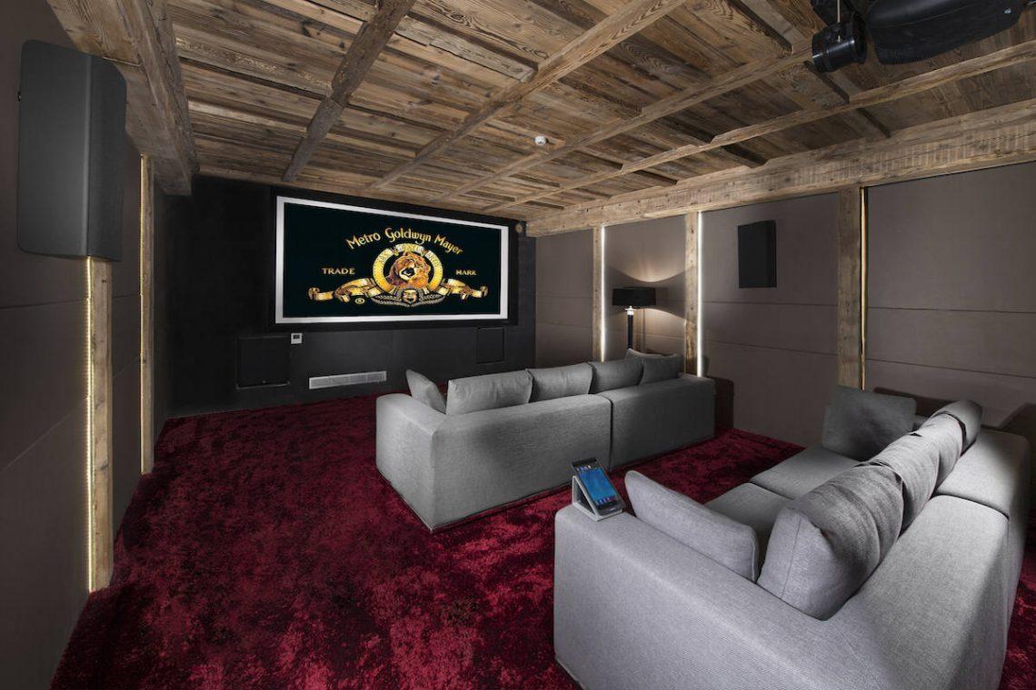 Luxury Chalet Courchevel for rent near ski slopes 07