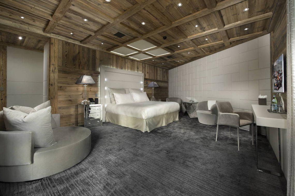 Luxury Chalet Courchevel for rent near ski slopes 09