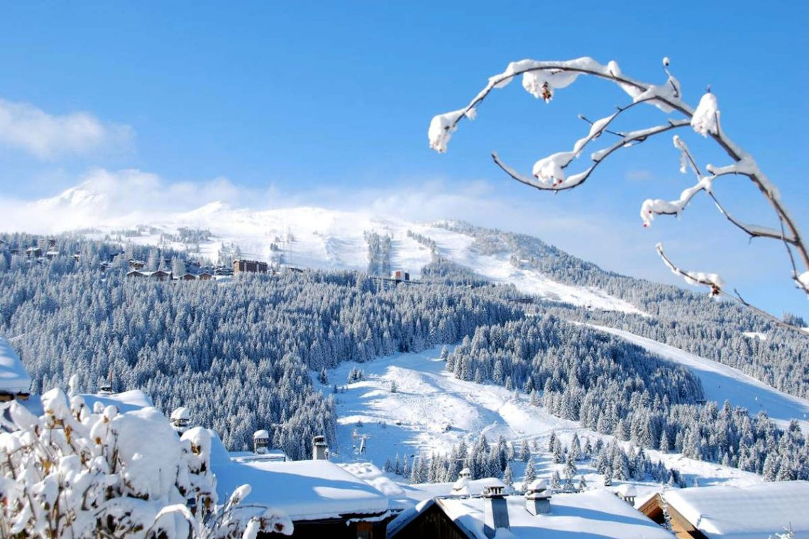 Chalet Courchevel 1850 directly on the ski slope 18