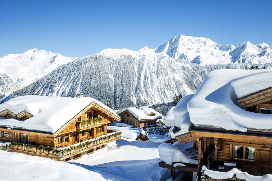 Chalet Courchevel 1850 directly on the ski slope 20