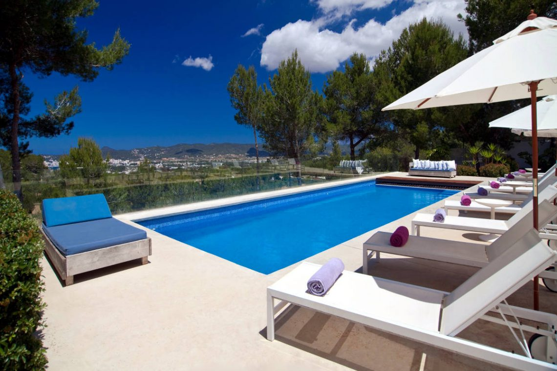 Luxury Villa Ibiza Sea View for rent with pinewood 08