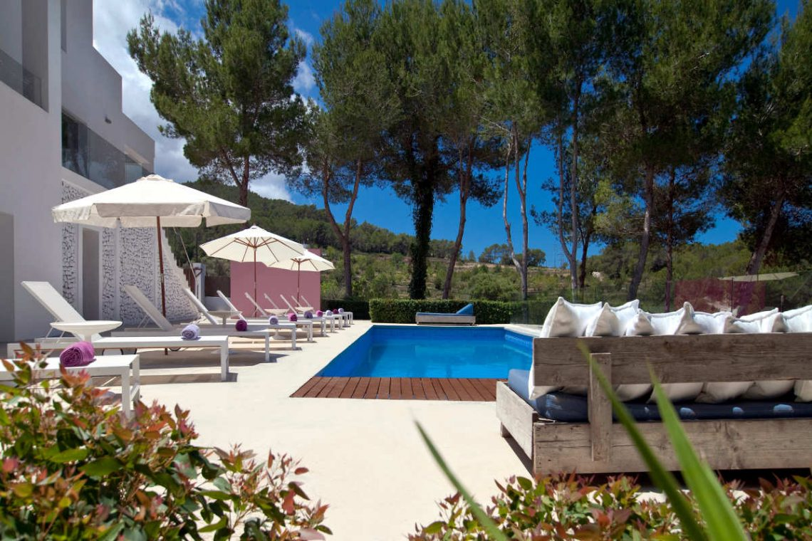 Luxury Villa Ibiza Sea View for rent with pinewood 10