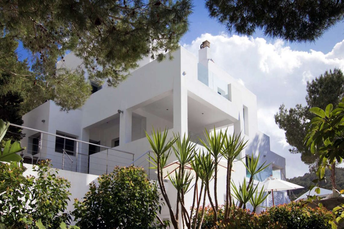 Luxury Villa Ibiza Sea View for rent with pinewood 23