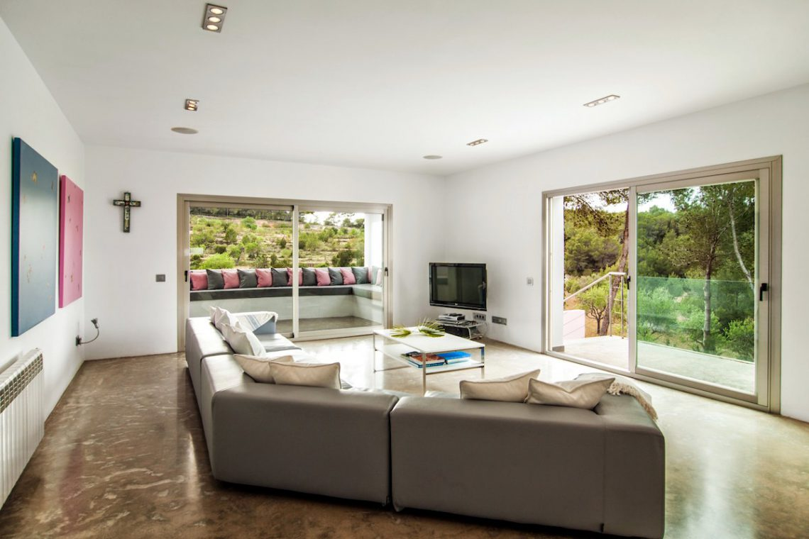 Luxury Villa Ibiza Sea View for rent with pinewood 24