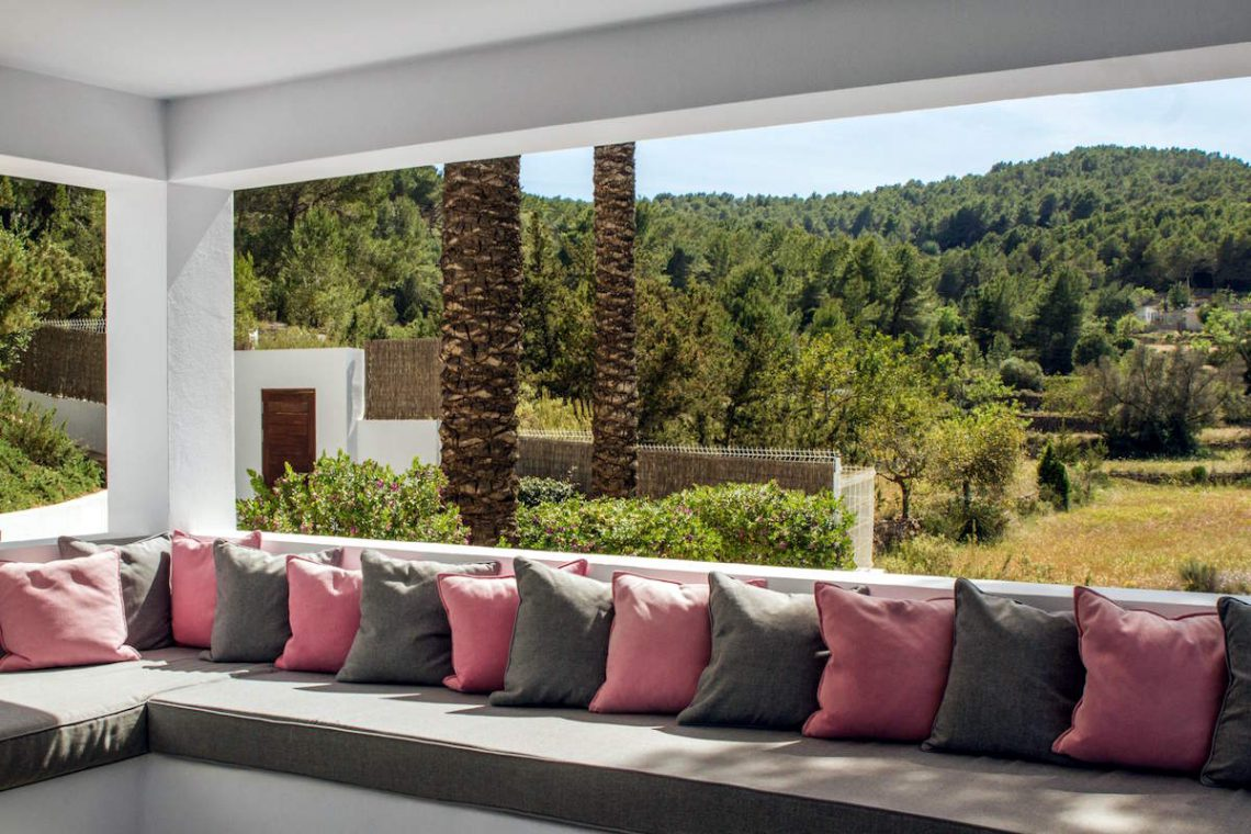 Luxury Villa Ibiza Sea View for rent with pinewood 25