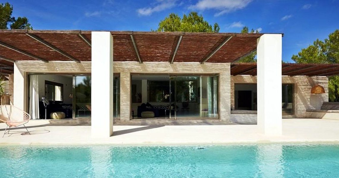 Ibiza luxury Villa Cala Jondal with Infinity Pool slider