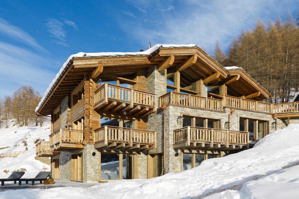 Charming Chalet Zermatt for rent with Matterhorn views 01