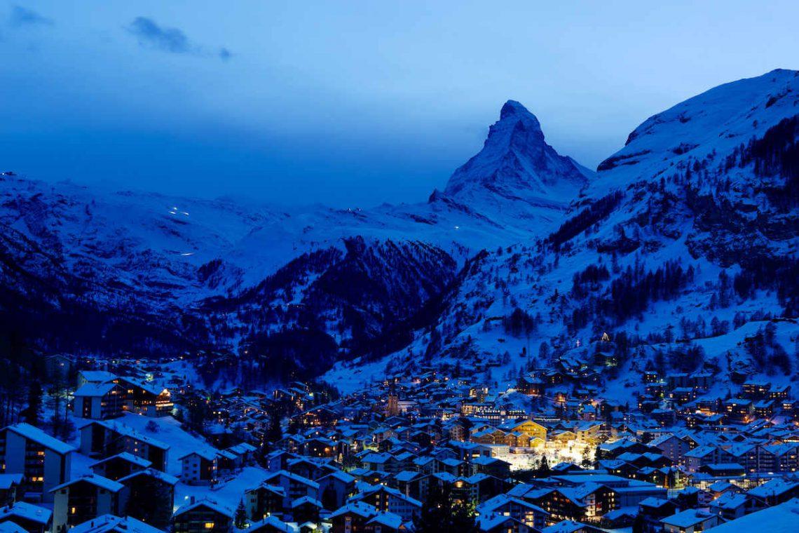 Charming Chalet Zermatt for rent with Matterhorn views 09