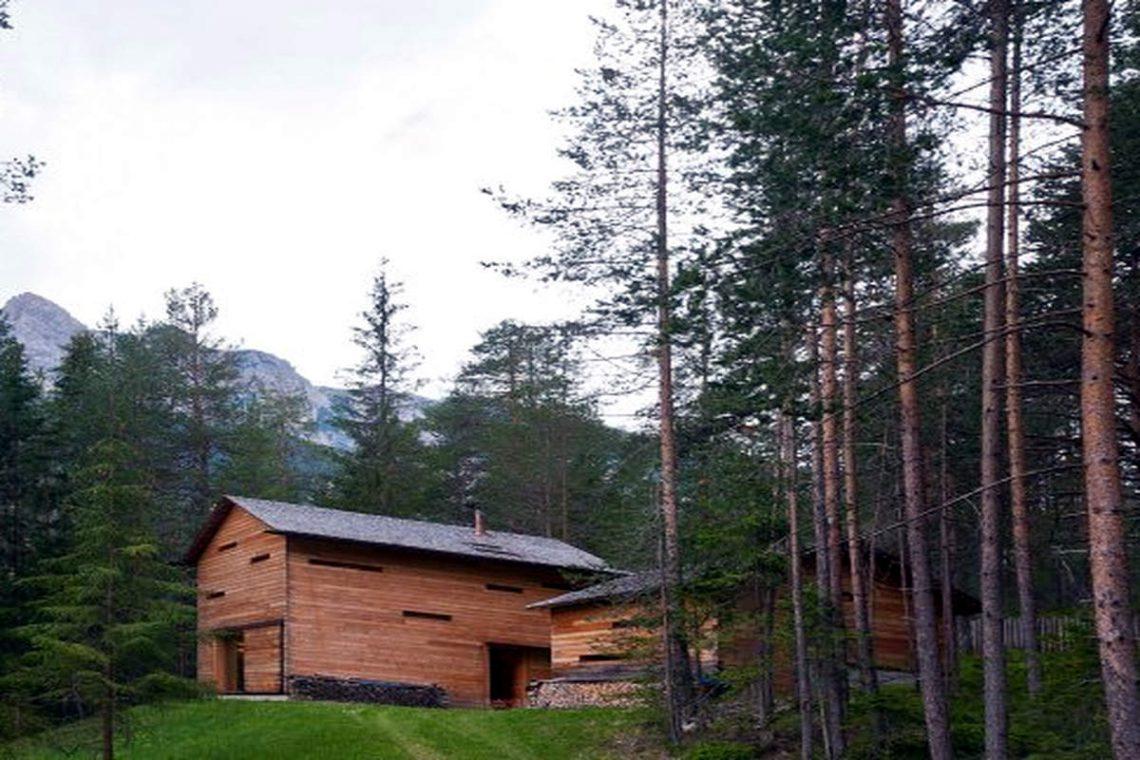 Dolomites chalet Plan de Corones in natural park 07
