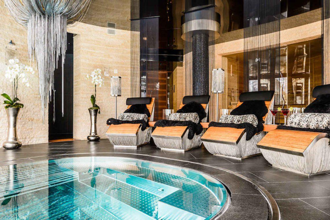 Luxury chalet Zermatt for rent with Ultra Luxury 5 star service 06