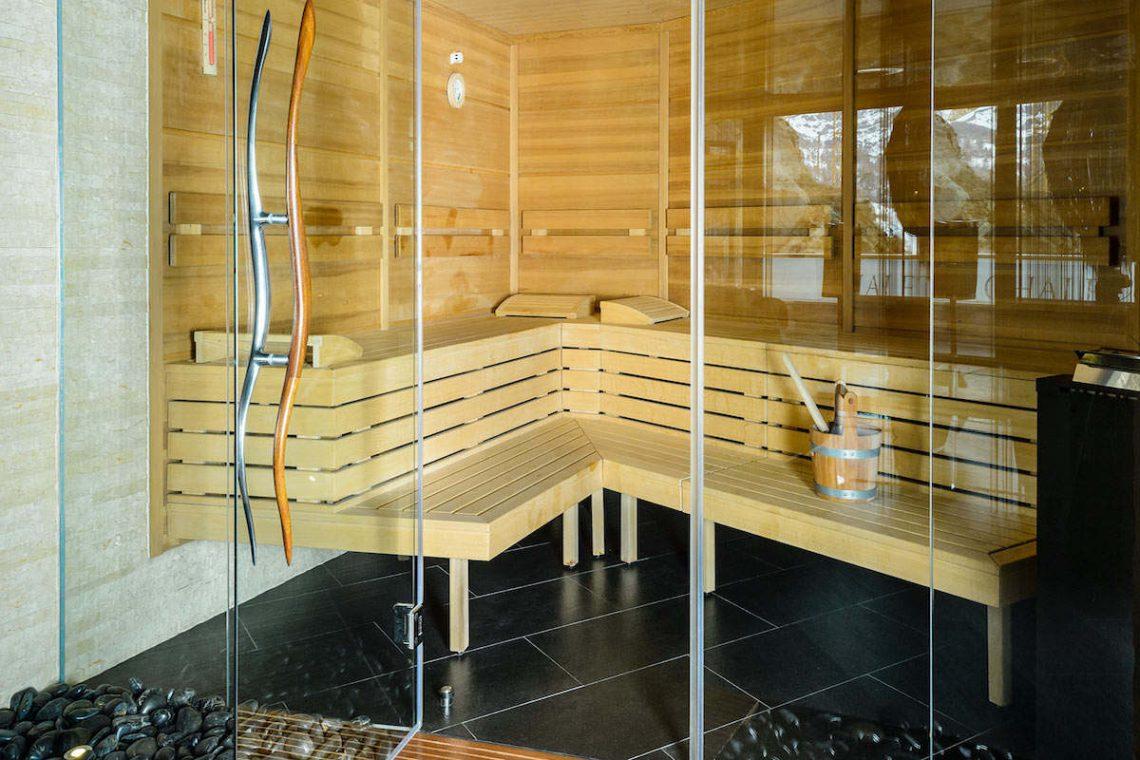 Luxury chalet Zermatt for rent with Ultra Luxury 5 star service 16