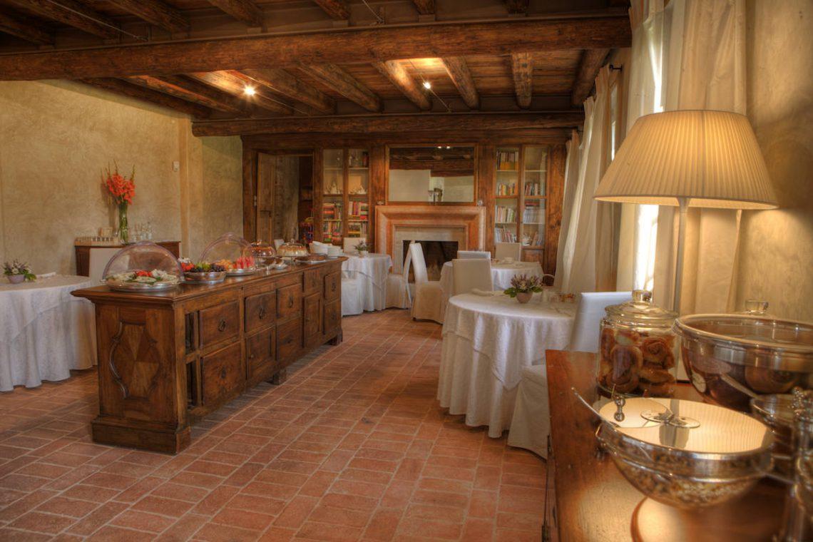 Relais Custoza Lake Garda for sale near Golf club 12