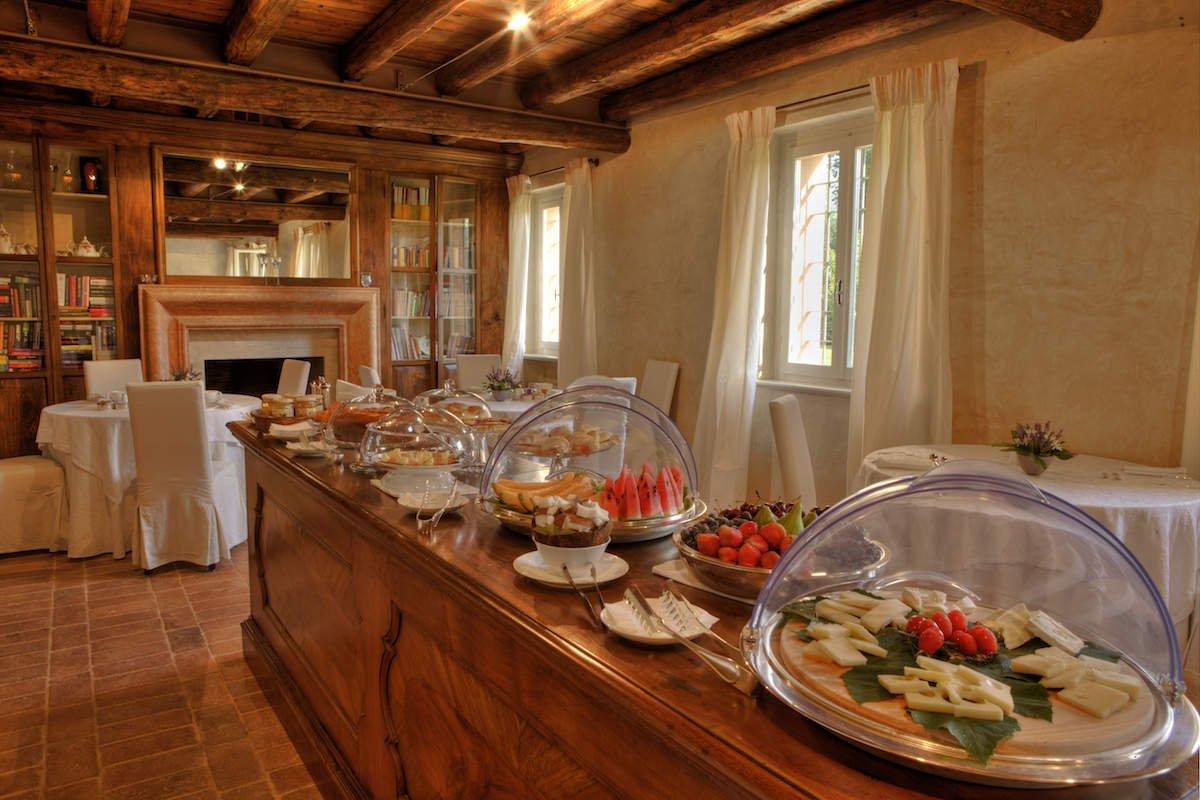 Relais Custoza Lake Garda for sale near Golf club