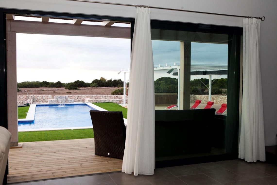 Luxury Villa Formentera rent with maximun evironment and relax 02
