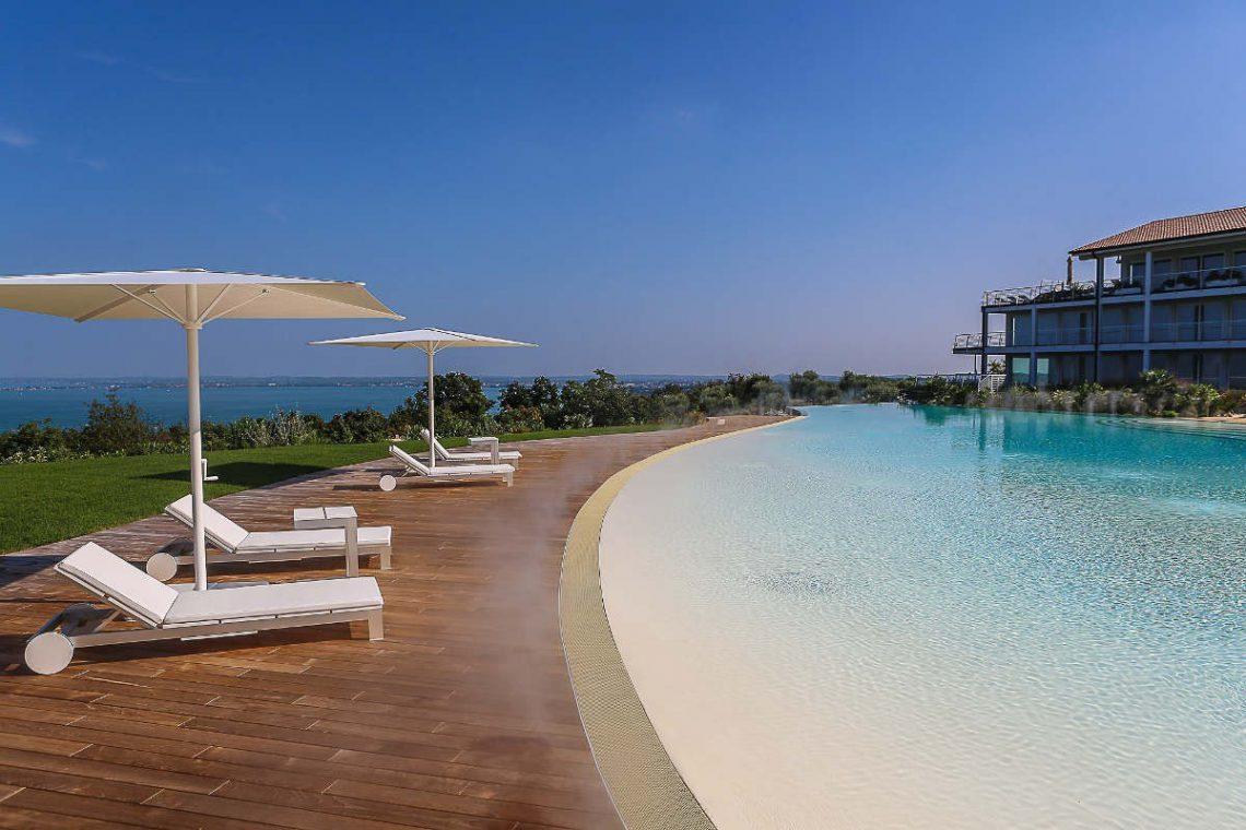 House Lake Garda in luxury condo with lake view 13