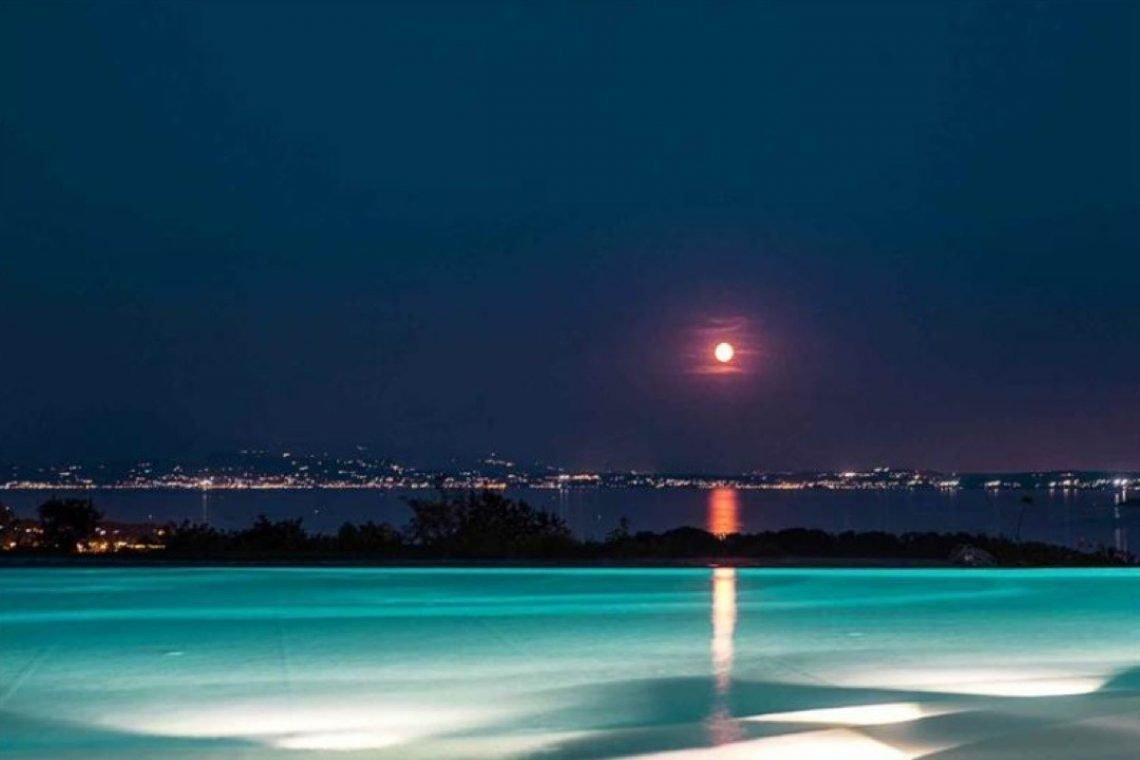 House Lake Garda in luxury condo with lake view 20