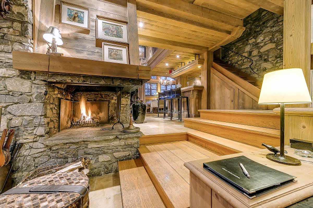 Chalet Val d'Isere for Rent directly on Ski Slopes
