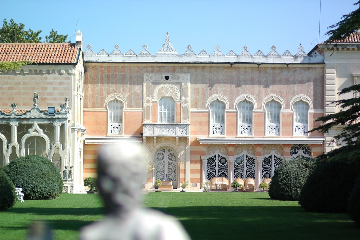 Historic Villa Verona with 40,000 sqm park
