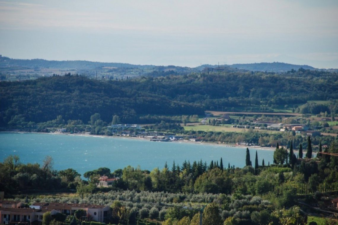 House Lake Garda in luxury condo with lake view 30