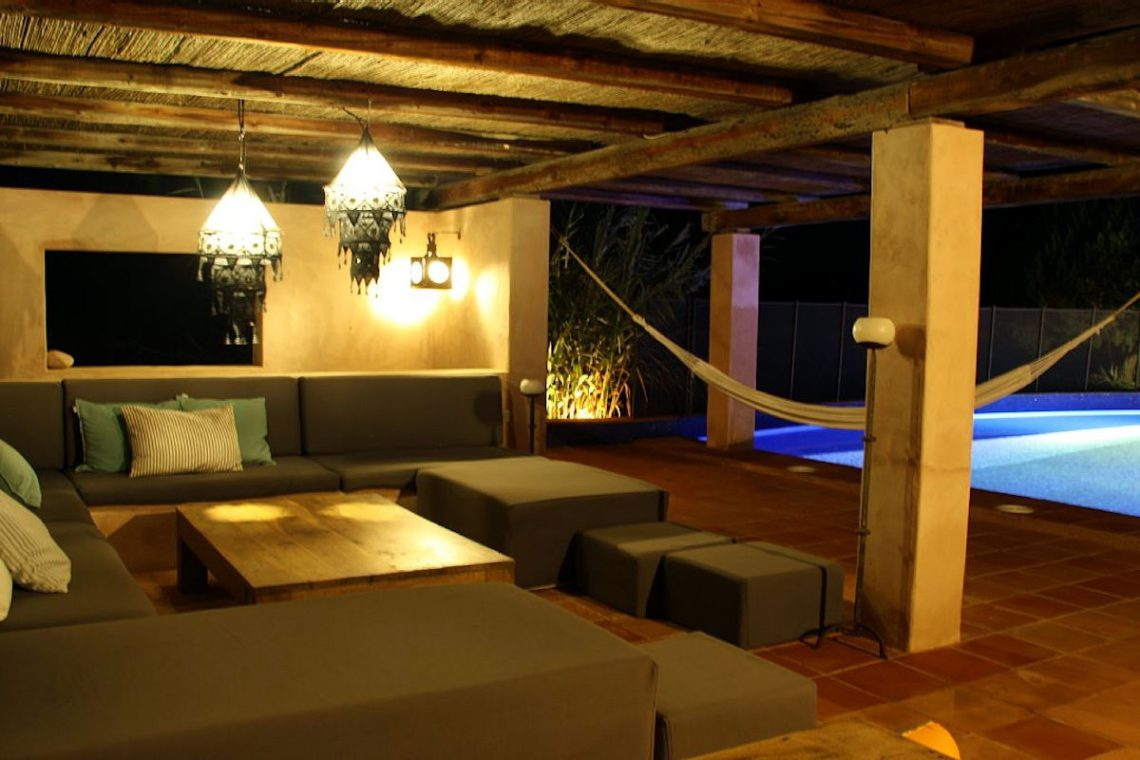 Luxury villa Formentera rent with swimming pool and tub 04