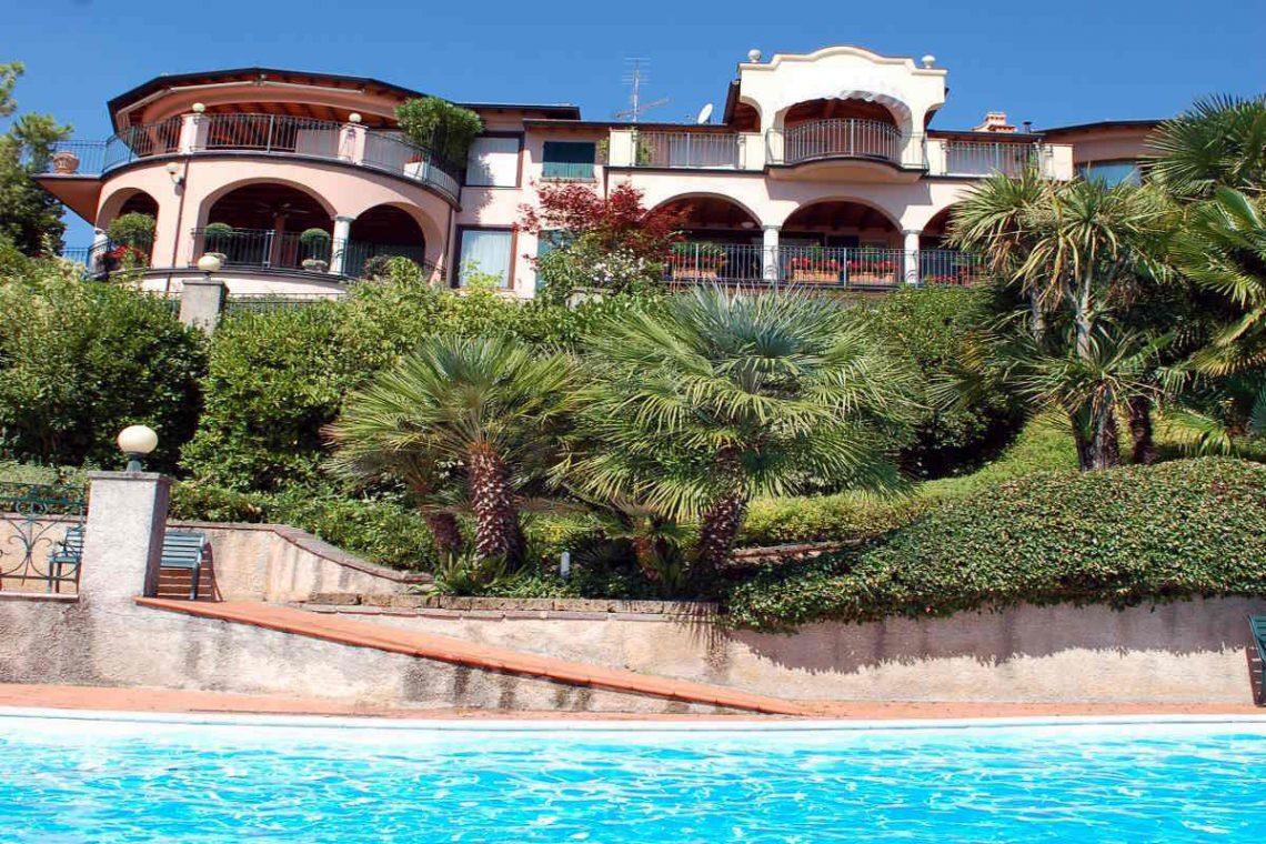 Waterfront Apartment Lake Garda for Sale 02
