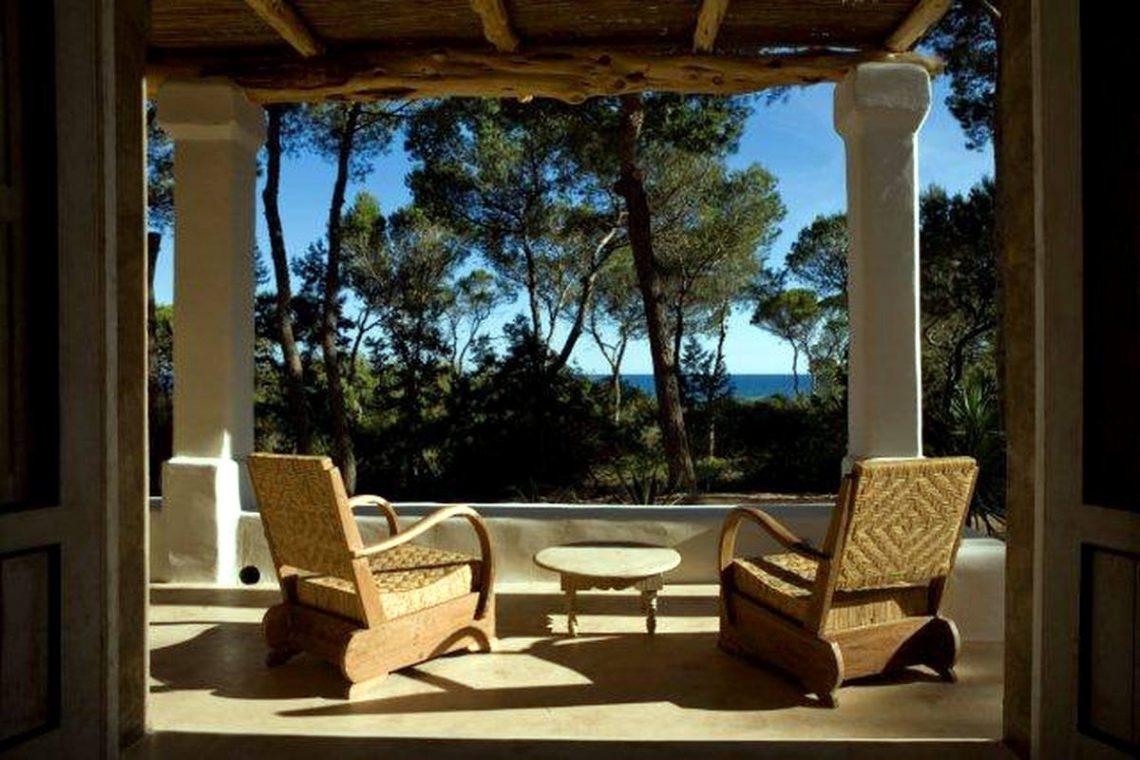 Villa Formentera for rent just 20 m. from beach 01