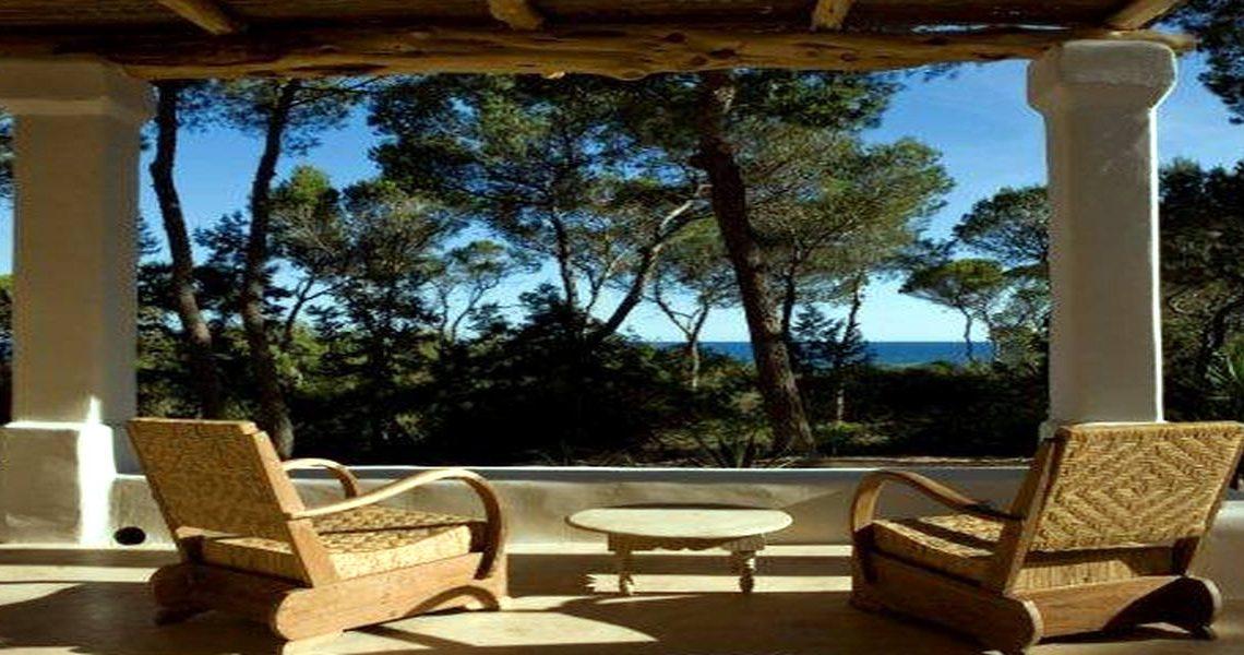 Villa Formentera for rent just 20 m. from beach slider