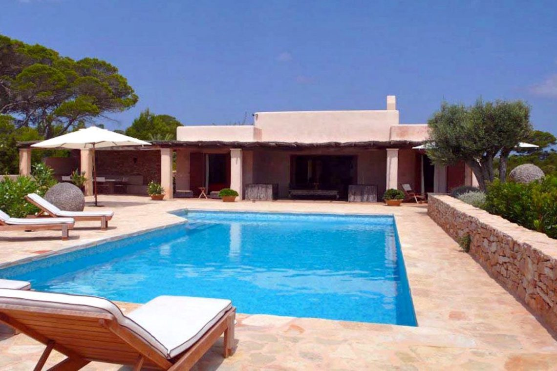 Villa Formentera rent with pool and sea view 04