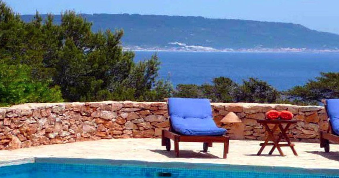 Villa Formentera rent with pool and sea view slider