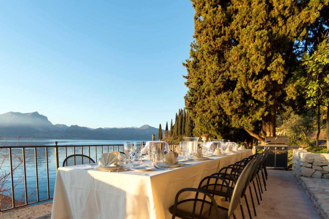Lake Garda luxury Villa for rent on lake shores 07