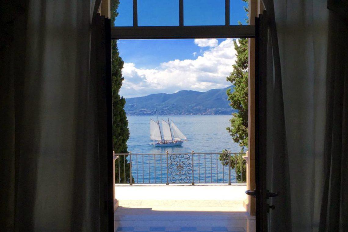 Lake Garda luxury Villa for rent on lake shores 33