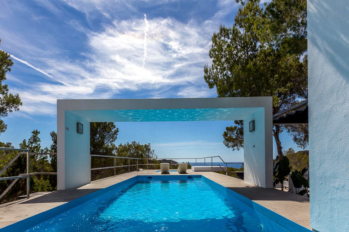 Luxury villa Ibiza rent with infinity pool and great sea views 02