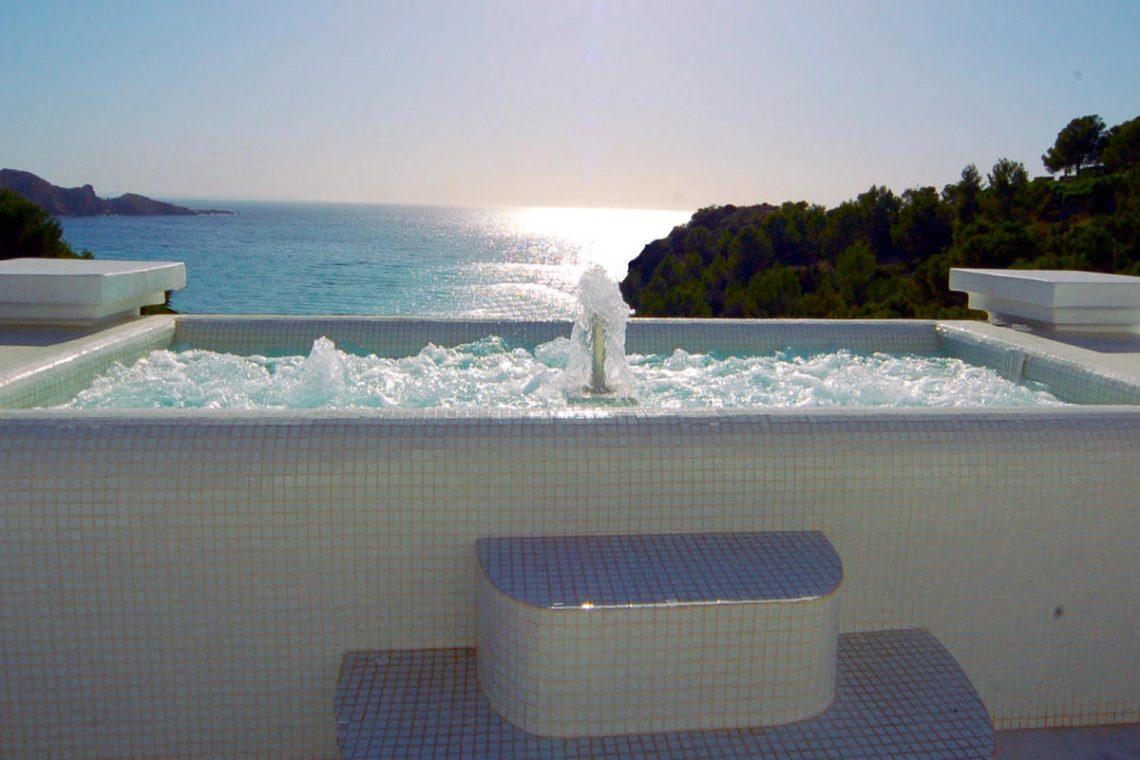 Waterfront luxury villa Ibiza for rent 03