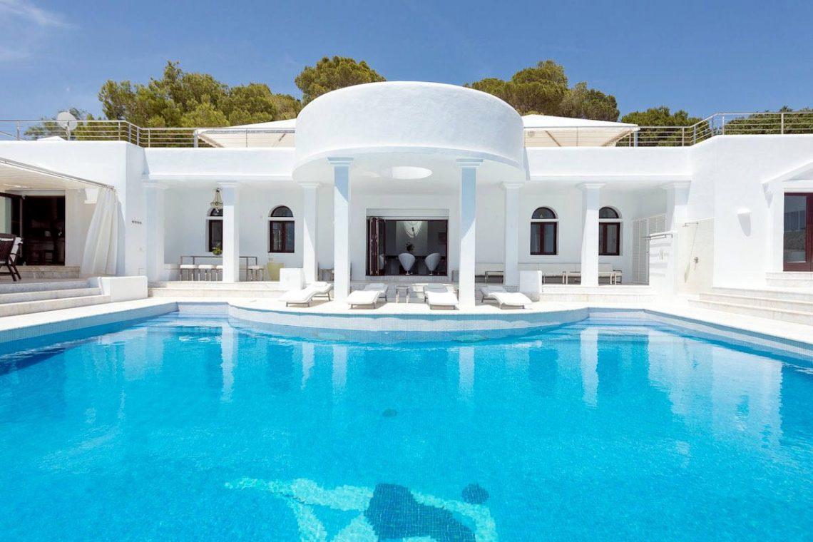 Waterfront luxury villa Ibiza for rent 05
