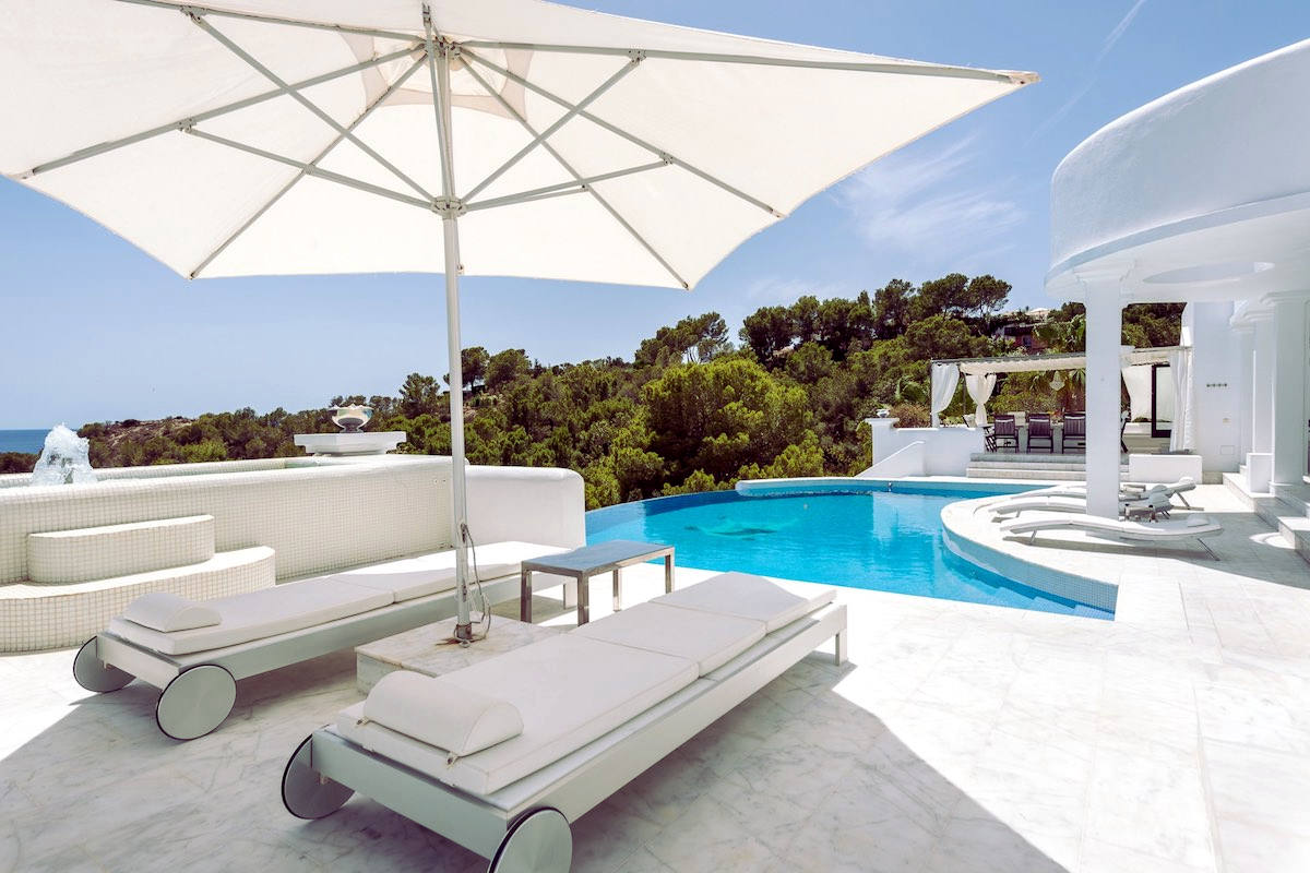 Waterfront luxury villa Ibiza for rent